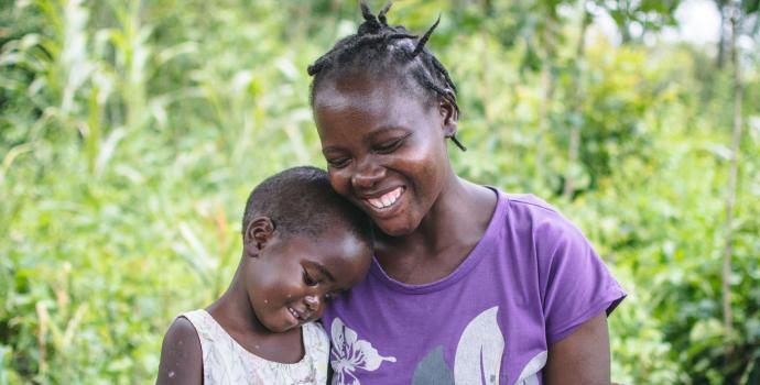 Phyllis Chebet with her daughter Sharleen, aged 3, at her home, Changara village, Busia Kenya 2017