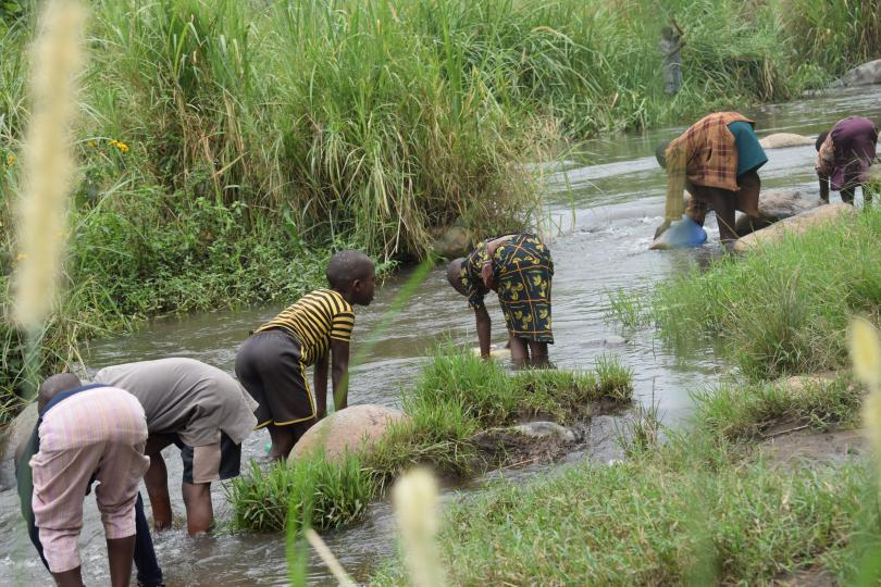 Children from Kyarugomoka used to collect water from the river, putting them at risk of disease
