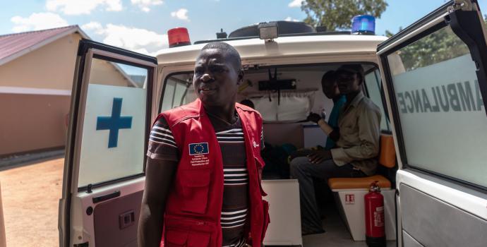 An ambulance at Save the Children's health centre in Omugo refugee settlement. Fredrik Lerneryd / Save the Children