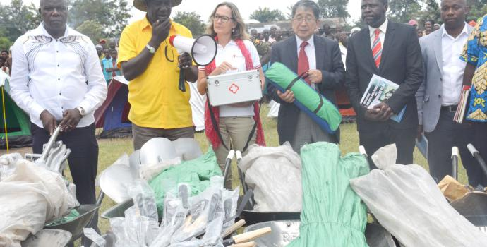 Handing over DRR equipment for use by village committees