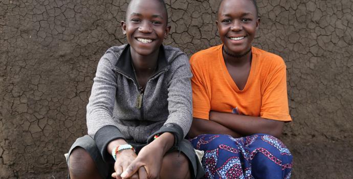 Twins Sammy and Sandra. Alun McDonald / Save the Children